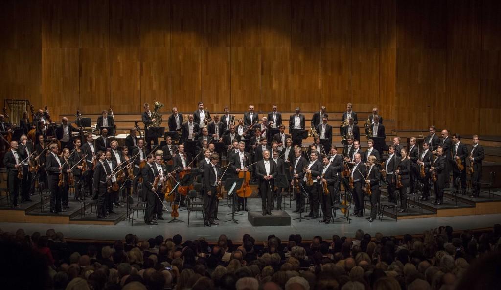 WIENER PHILHARMONIKER • ZUBIN MEHTA Zubin Mehta, Dirigent Wiener Philharmoniker