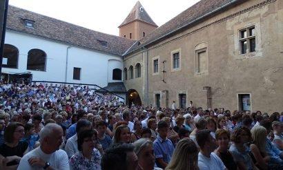 'Grand Opening' - komolyzenei koncertek országszerte