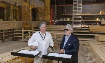 Plácido Domingo a felújított Operaház színpadán